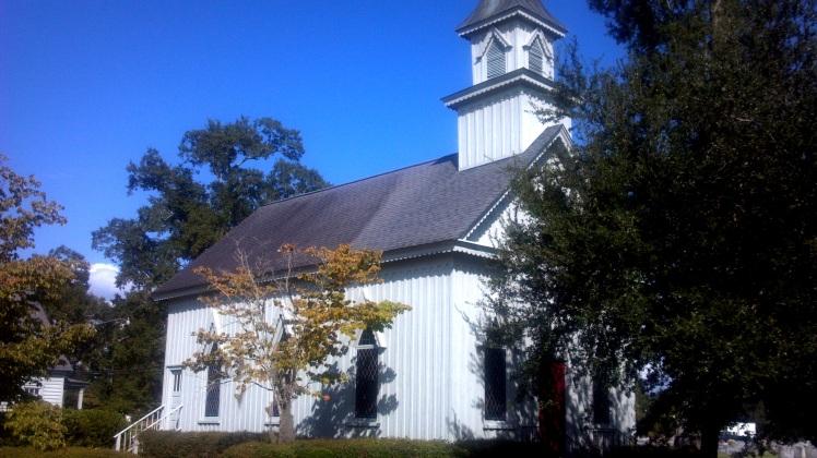 GRACE EPISCOPAL CHURCH TRENTON, N.C. (PHOTO BY PASTOR DAVIS)